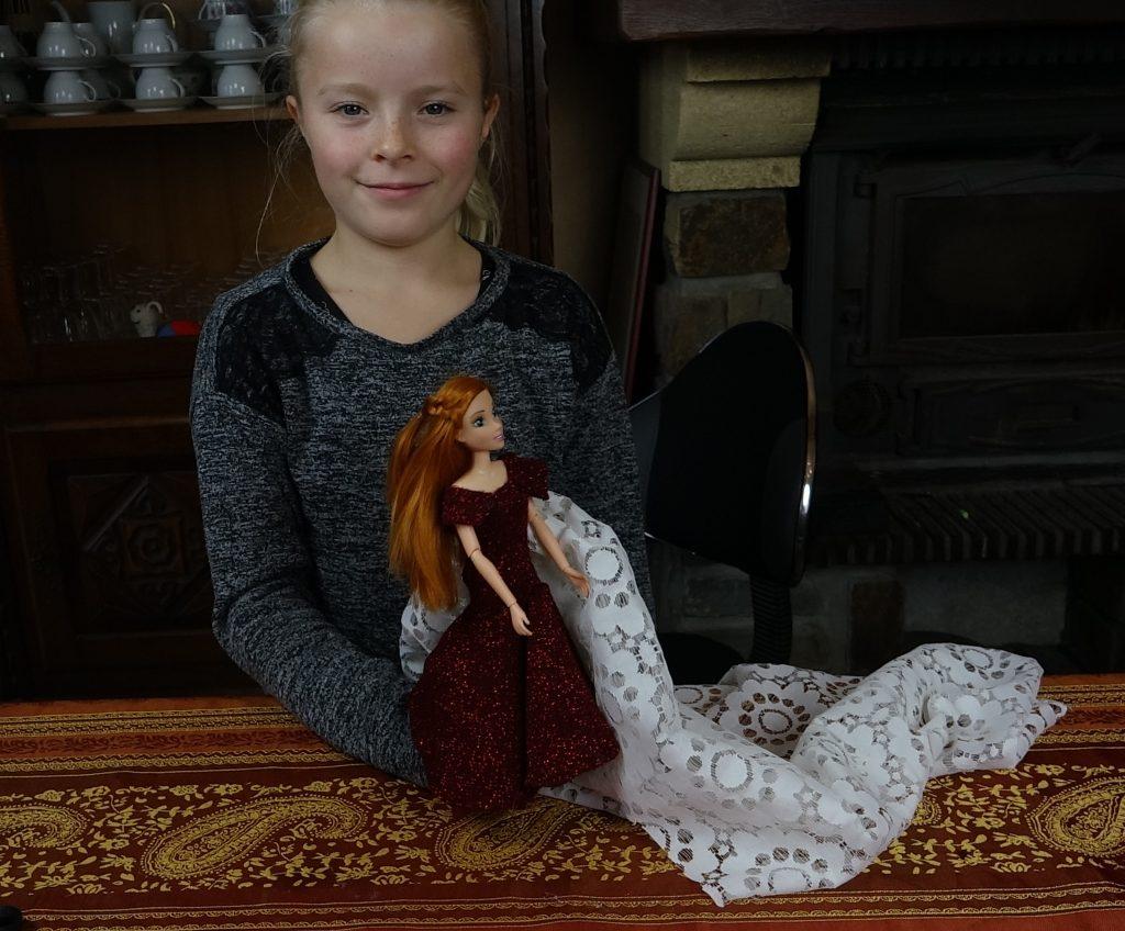 faire une robe de Princesse n°2 avec mamie