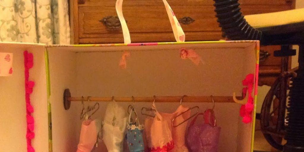 Une armoire de rangement pour Barbie