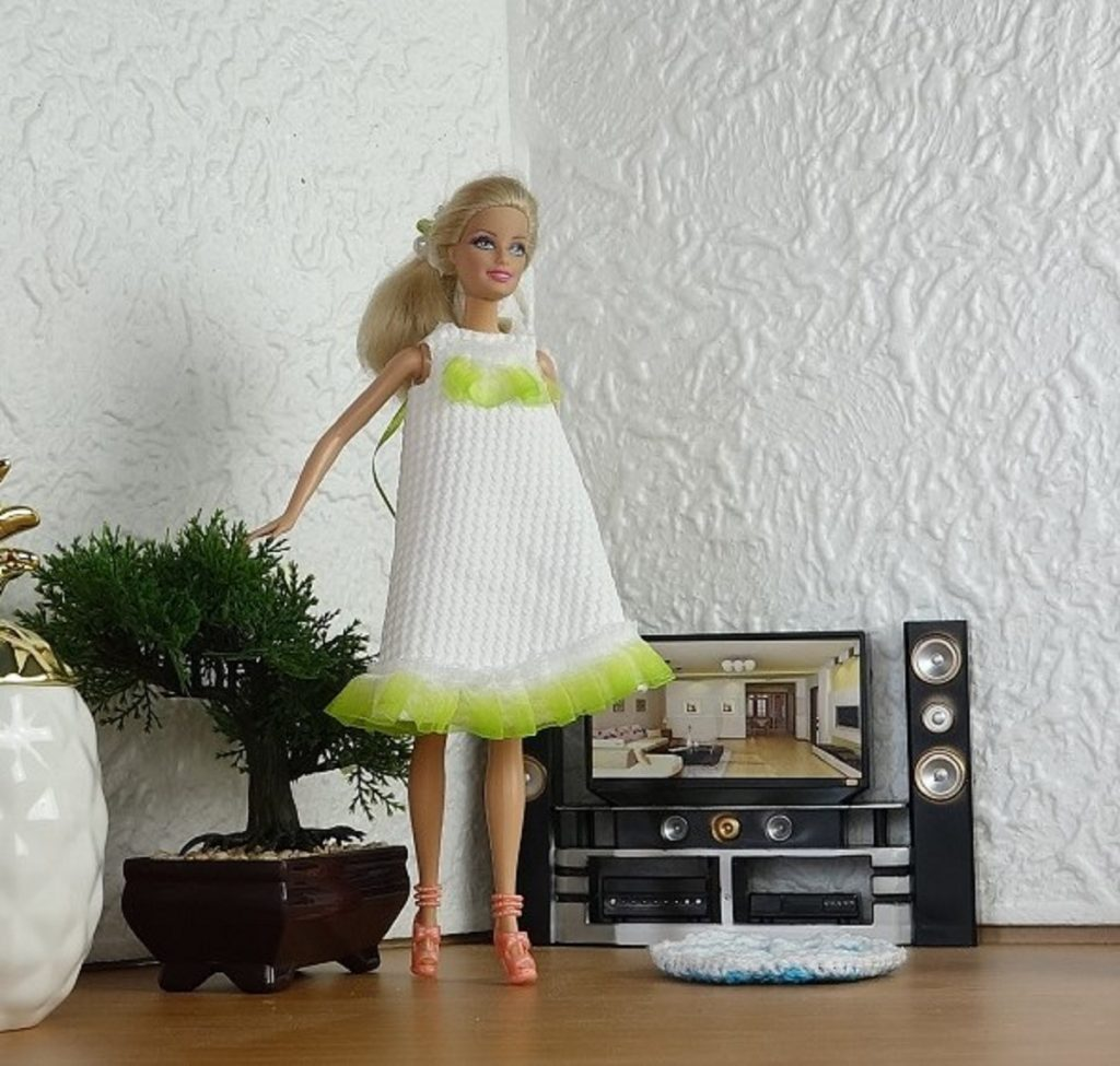 Barbie et sa robe de Printemps